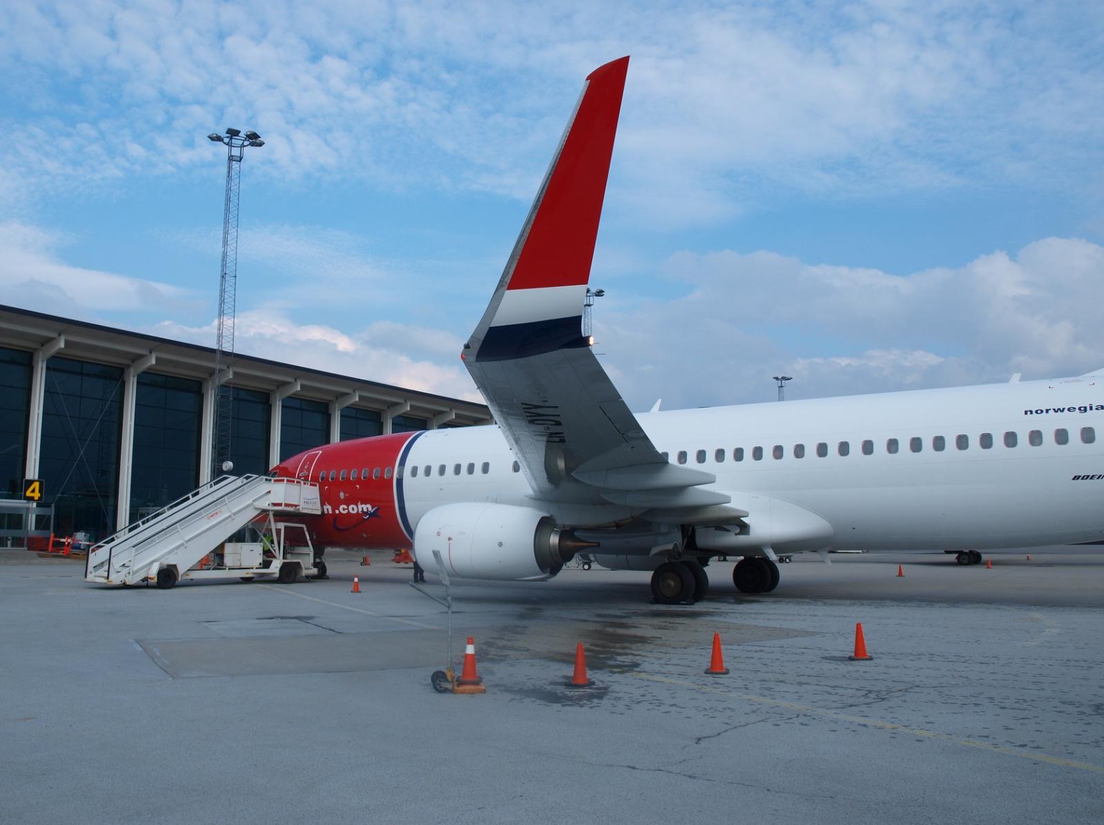 Norwegian Boeing 737-800 i Aalborg Lufthavn: (Foto: Ole Kirchert Christensen)