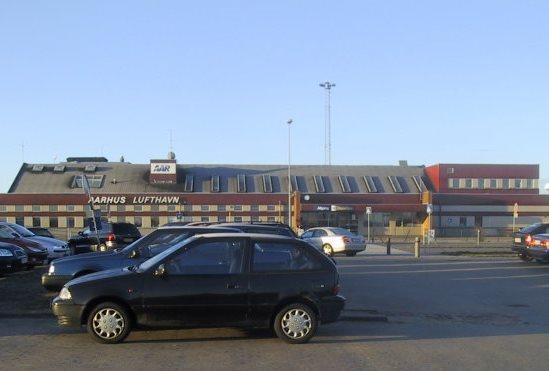 massagepiger esbjerg tirstrup lufthavn parkering