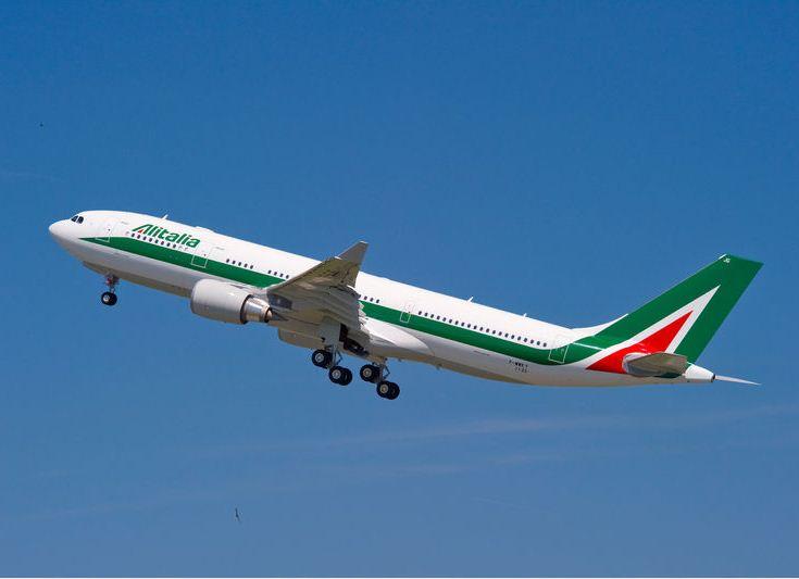 Alitalia Airbus A330-200.