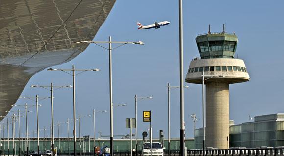 Barcelona El-Prat lufthavnen bliver base for nyt langdistanceselskab i IAG.