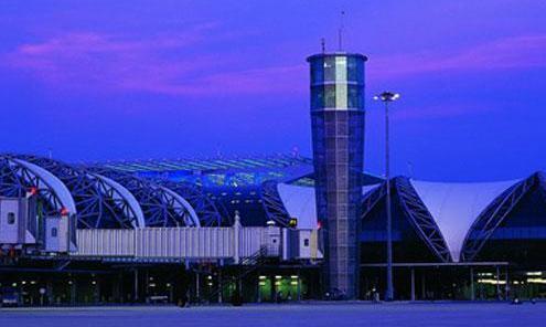 Masseaflysninger af fly til Bangkok - CHECK-IN.dk