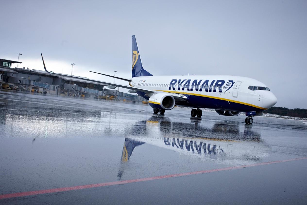 Ryanair Boeing 737-800 i Billund Lufthavn. (Foto: Jonas Kunzendorf)