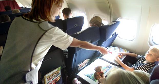 SAS airhostss kids