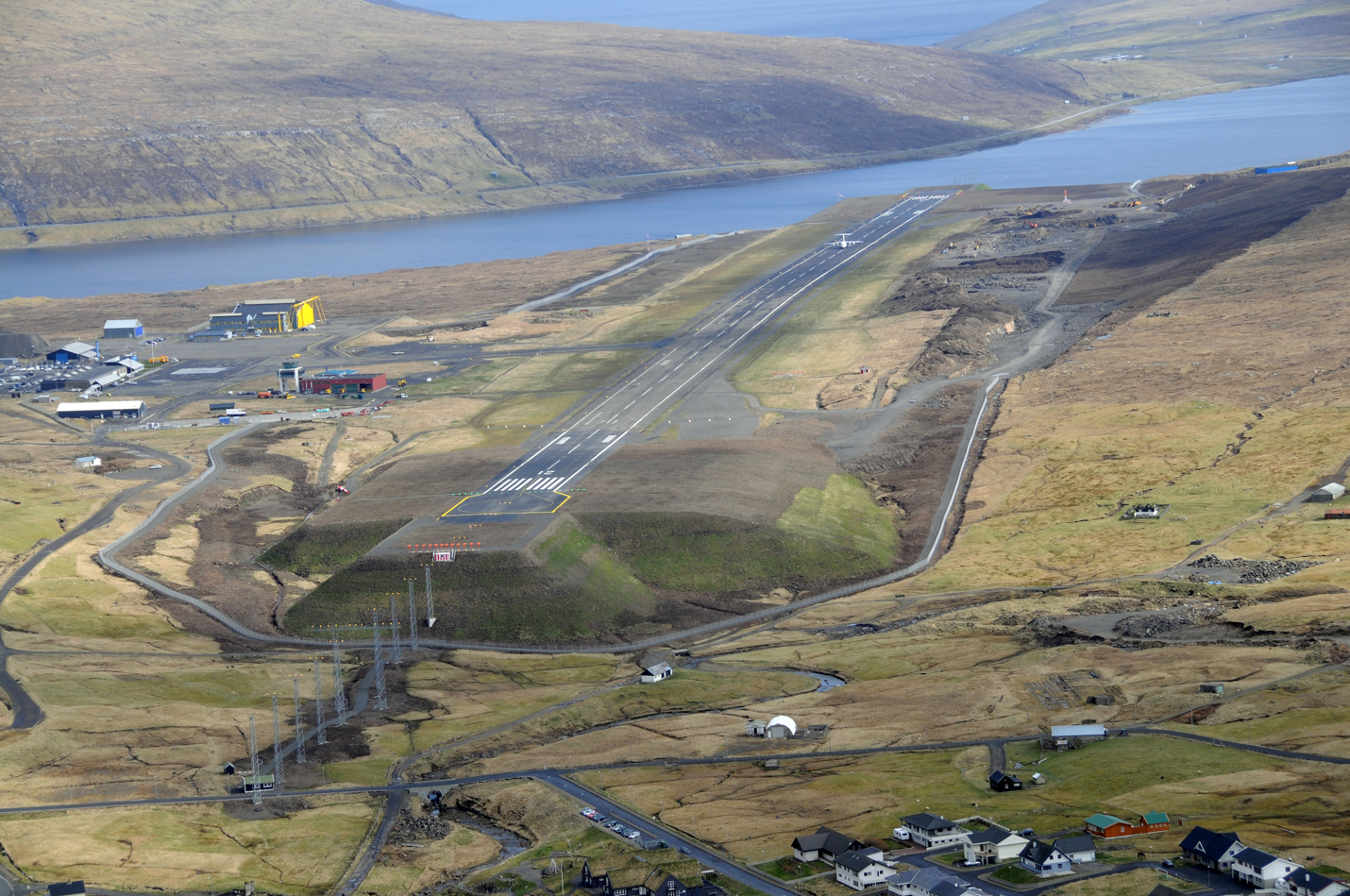 Vágar Lufthavn (Foto: FAE Vága Floghavn)