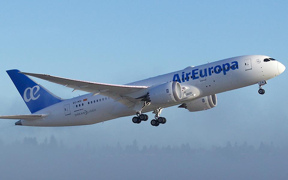 Første Boeing 787-8 Dreamliner leveret til Air Europa. (Foto: Boeing)