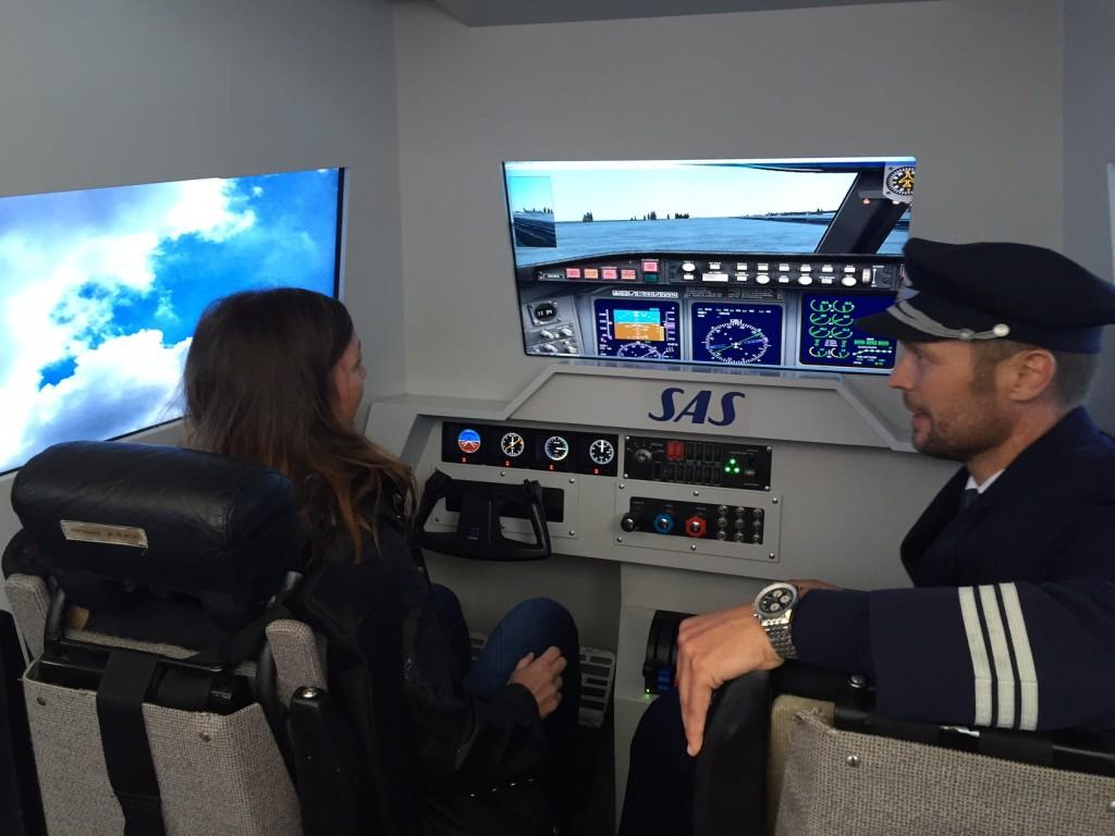 SAS havde stillet en flysimulator op på Folkemødet og satte desuden uddannelse af nye piloter til debat. Foto: Andreas Krog.