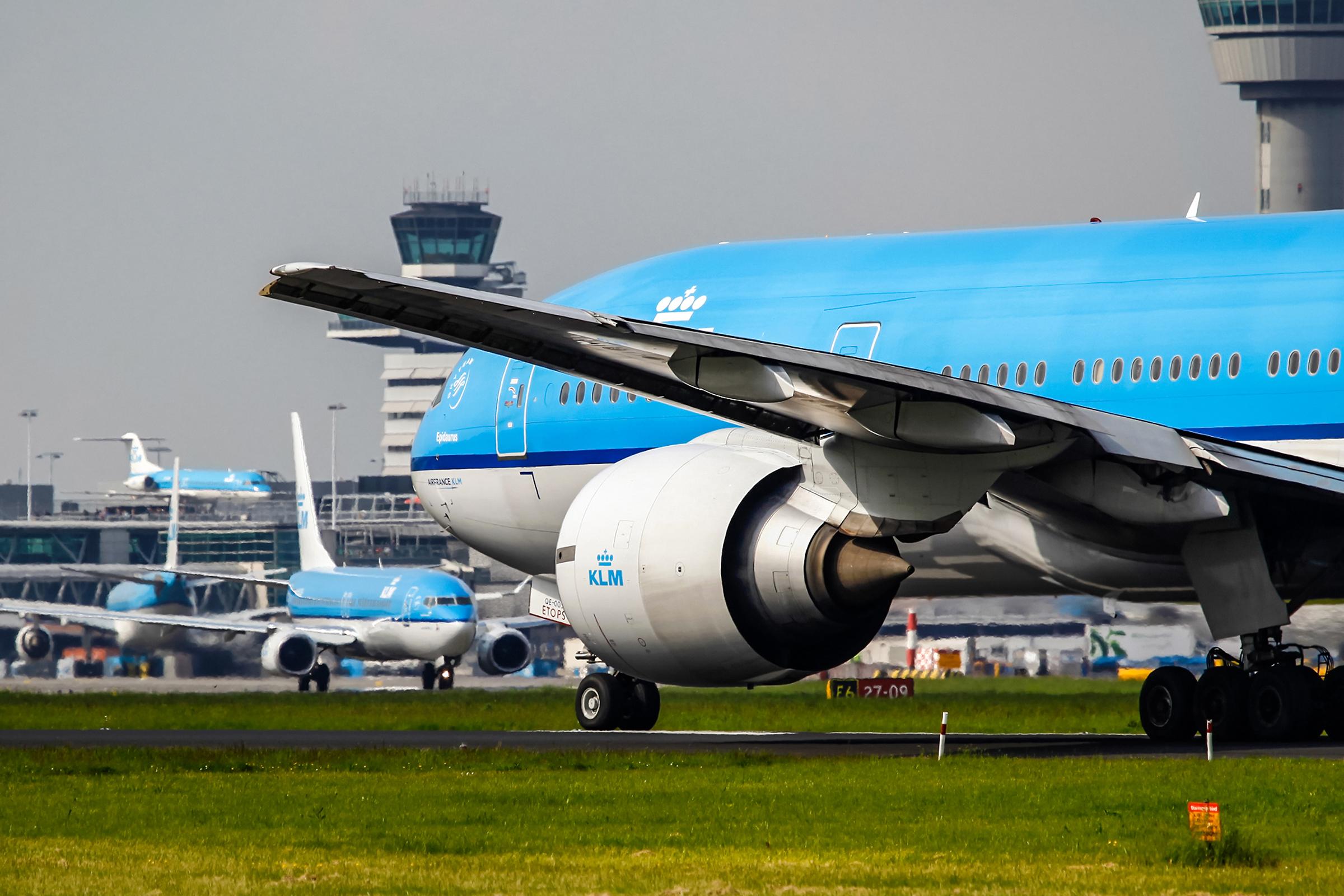Boeing 777-200 fra KLM i Amsterdam-Schiphol Airport. (Foto: KLM)
