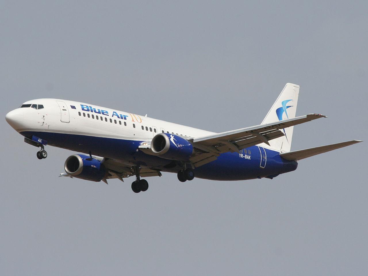 Blue Air Boeing 737-400  (Foto: Yoyoyo / Wikimeda Commons)