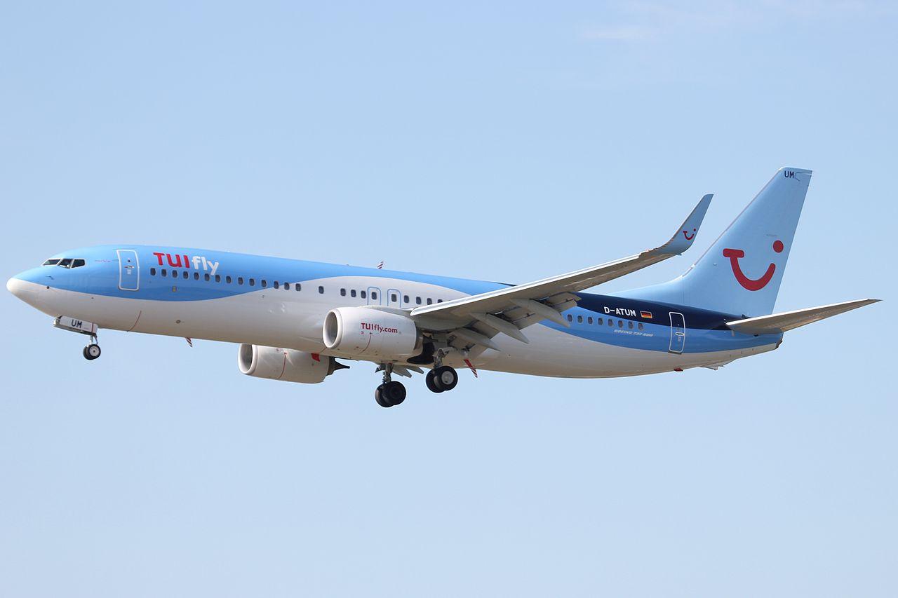Et Boeing 737-800 fly fra tyske TUIfly. Foto: Milad / Wikimedia Commons.