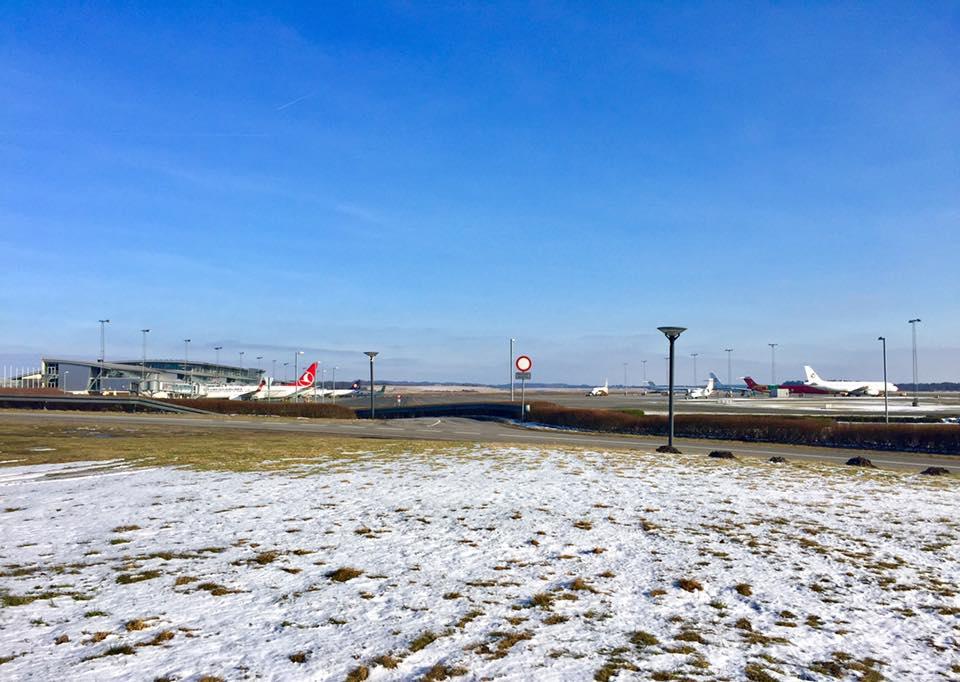 Dette område skal indrettes til flyspotterplads. (Foto: Billund Lufthavn)