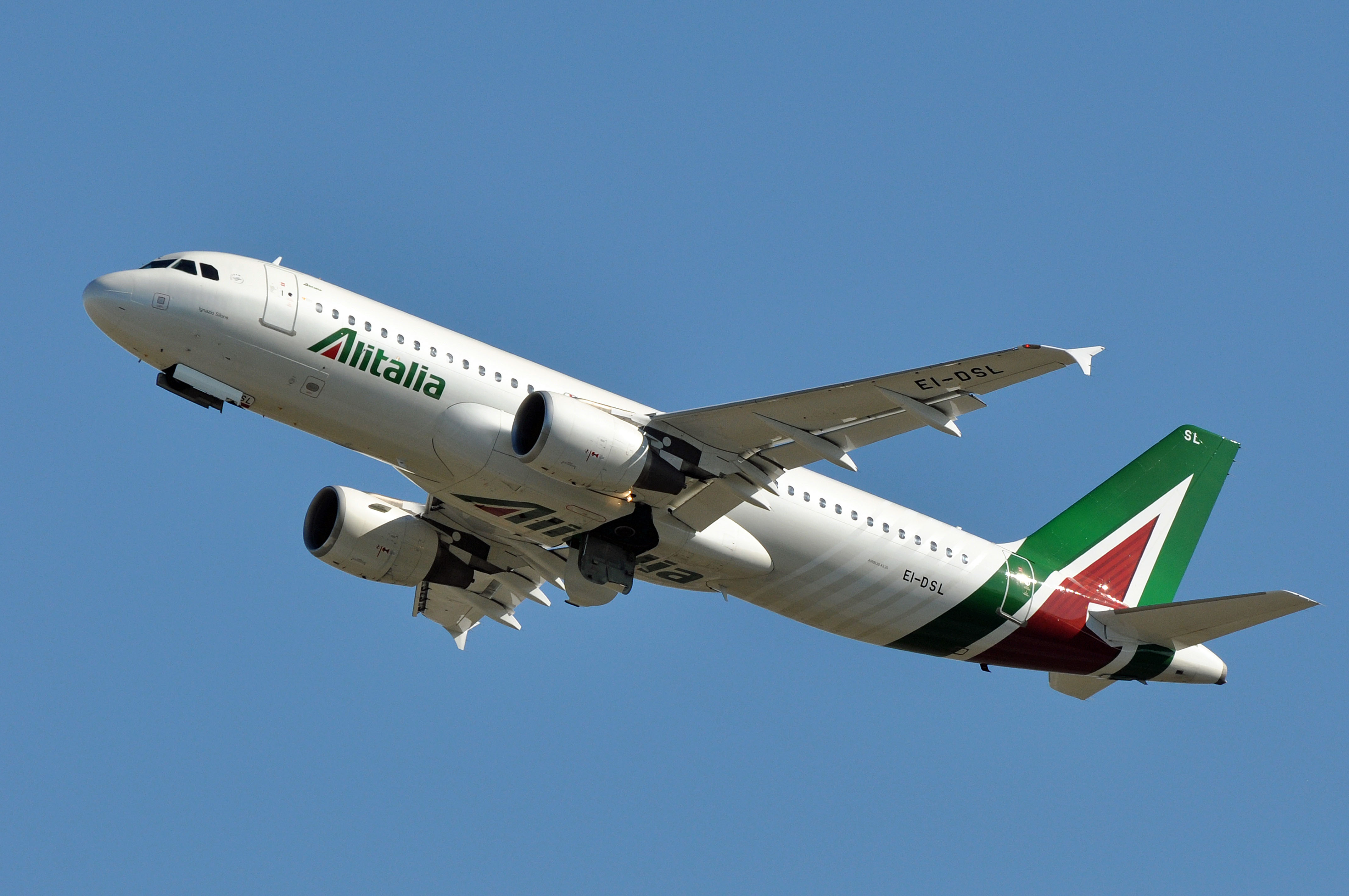 Alitalia Airbus A320-200. (Foto: ERIC SALARD |  Creative Commons Attribution-Share Alike 2.0 Generic)