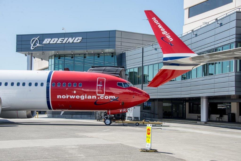 Levering af to Boeing 737 MAX 8 til Norwegian. (Foto: Norwegian/PR)