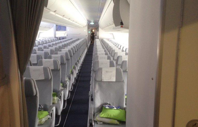 Economy Class-kabine i Finnair A350-900 XWB. (Foto: Tero Arra   Twitter)