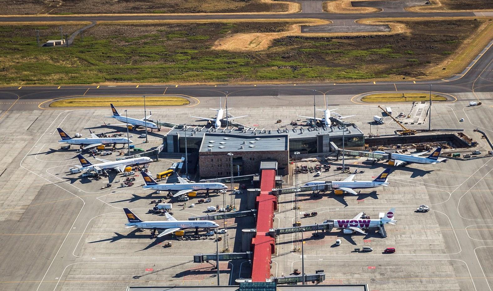 Både Icelandair og WOW air har base i Keflavik International Airport (Foto: Isavia)