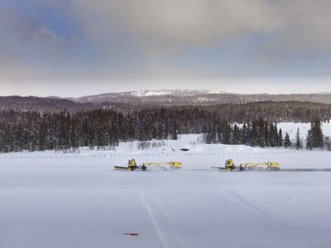 Den statslige norske lufthavnsoperatør, Avinor, har testet selvkørende sneplove. Foto: Avinor