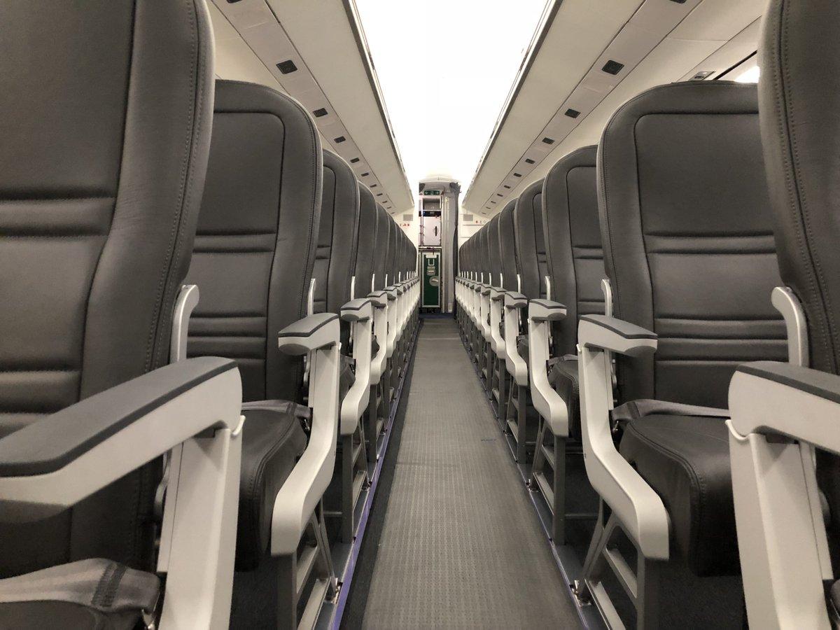 Kabine i Widerøes Embraer E190-E2 (Foto: Thepointsguy.com)