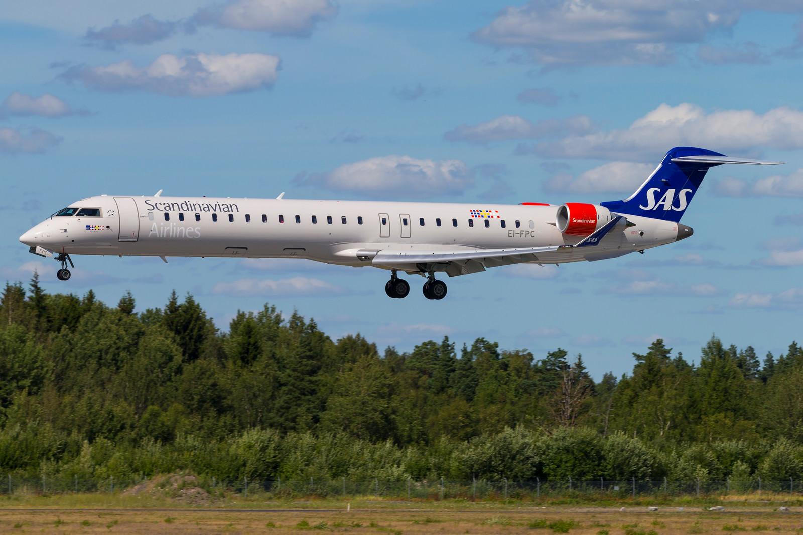 SAS Bombarder CRJ 900 (Foto: © Thorbjørn Brunander Sund, www. danishaviationphoto.com)