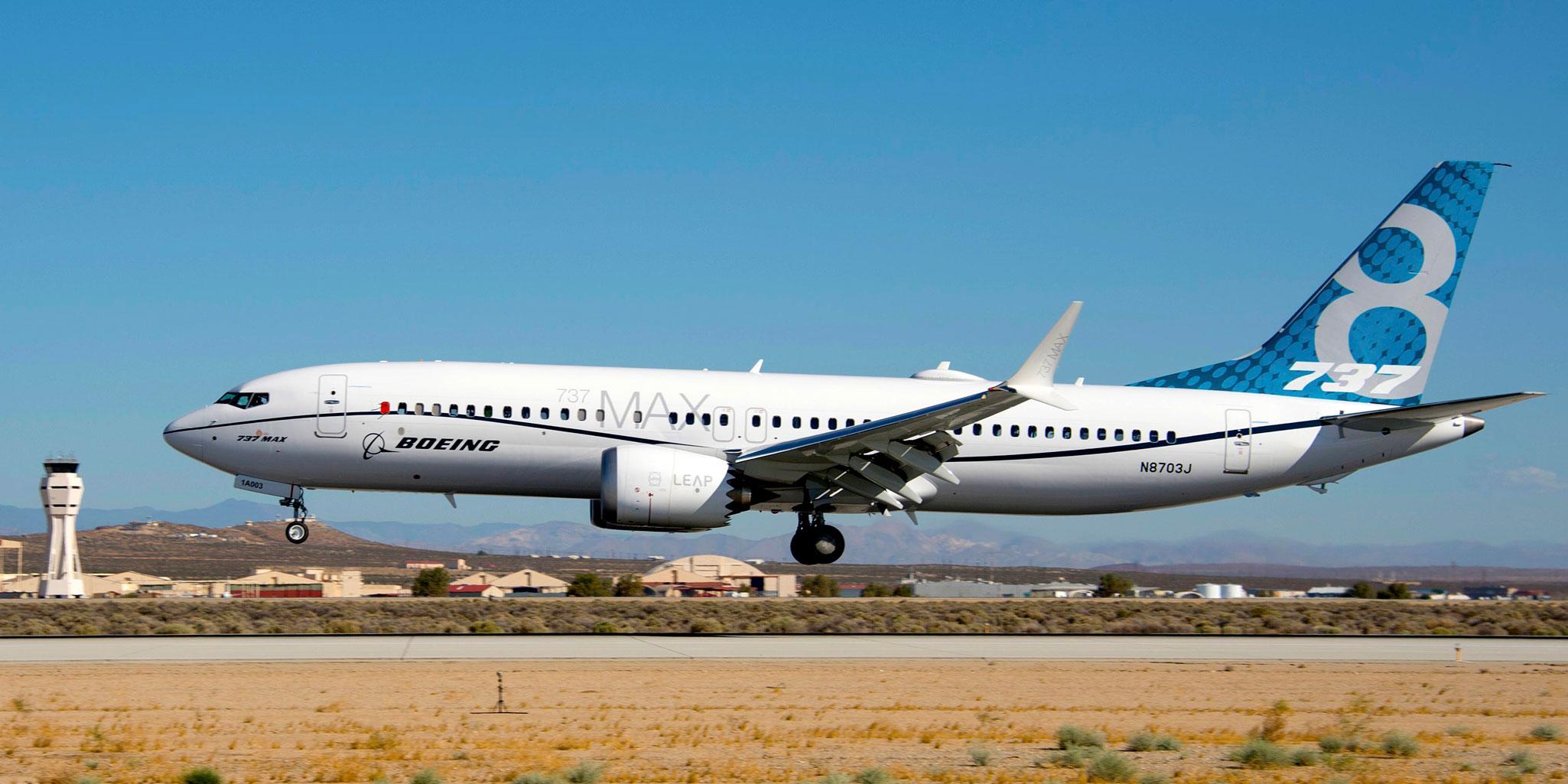 Boeing 737 MAX 8 i sin fulde længde. Foto: Boeing